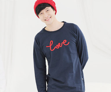 Brushed chain embroidery Man to man Long sleeve_11D05