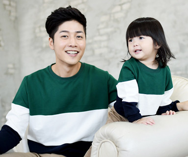 "Brushed trio color Man to man Dad and baby long sleeve_14D01 <font color=""#FF6666""><strong>[Order available]</strong></font>"