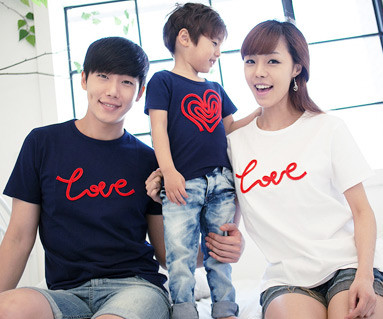 Chain embroidery round family short T-shirts_12B01