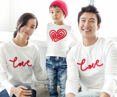 Chain embroidery round family long sleeve_11C01