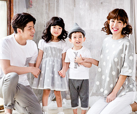 Gray Dot family short T-shirts_17B02