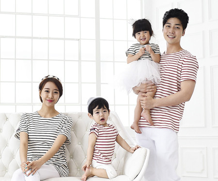 The Day Round family short T-shirts_15B02