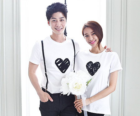 Black Heart round Couples short T-shirts_15B08