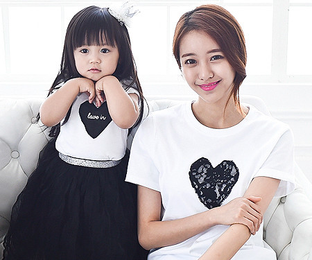 Black heart round mother and baby short T-shirts_15B08