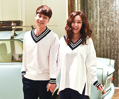 School v Neck Man to man Couples long sleeve_16A04