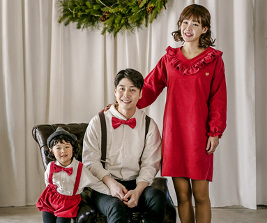 "<font color=""ffffff"">[Family long sleeve tea & family look] <br></font> Brushed Ruffle Decoration family long sleeve_17D16 <font color=""red""><b>[December 13 sequential release]</b></font>"