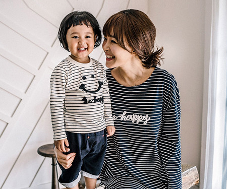 Happy Dagara Family Mother and Baby long sleeve_16C15