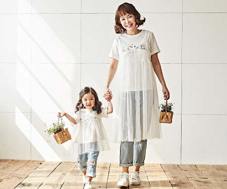 "<font color=""ffffff"">[Family Long Sleeve Tee & Family Look] <br></font> Busty mother and baby dress_18B08"