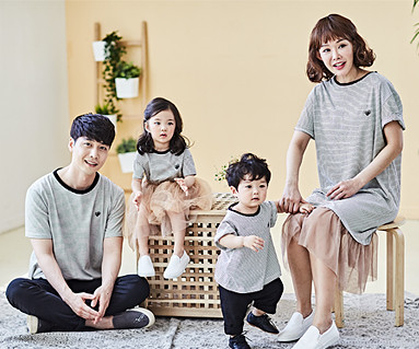 "<font color=""ffffff"">[Family long-sleeved tee & family look] <br></font> Caramel family short T-shirts_18B01"
