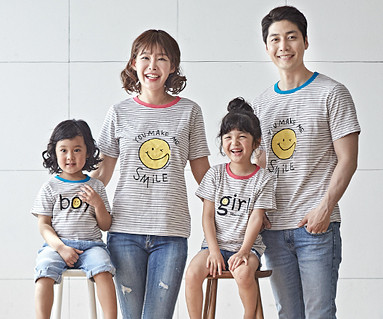 "<font color=""ffffff"">[Family long-sleeved tee & family look] <br></font> Smiley family short T-shirts_18B04 <font color=""red""><b> </b></font>"