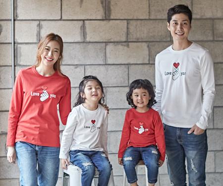 "<font color=""ffffff"">[Family long sleeve tea & family look] <br></font> Finger Heart family long sleeve_18C02 <font color=""red""><b> </b></font>"
