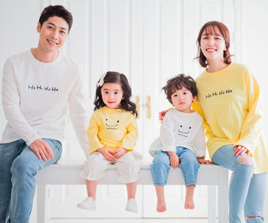"<font color=""ffffff"">[Family long sleeve tee & family look] <br></font> family hahaha long sleeve 19A02 <font color=""red""><b> </b></font>"