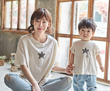 """<font color=""""ffffff"""">[Family short T-shirts Tees & Family Looks] <br></font> StarCrack Moms and Babies short T-shirts_18B11<font color=""""#FF6666""""><strong>[Order available]</strong></font>"""