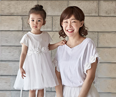"""<font color=""""ffffff"""">[Family short T-shirts Tees & Family Looks] <br></font> Aileen Mom and Baby short T-shirts_18B07"""
