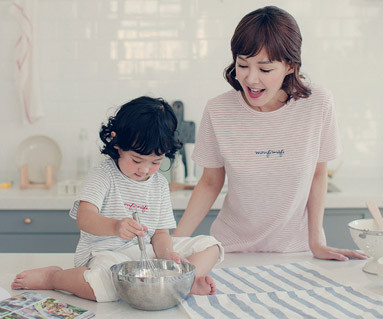 """<font color=""""ffffff"""">[Family short T-shirts Tees & Family Looks] <br></font> Sweet Candy Mother and Baby short T-shirts_17B07<font color=""""#FF6666""""><strong>[Order available]</strong></font>"""
