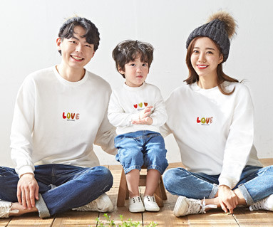 "<font color=""ffffff"">[Family long sleeve tee & family look] <br></font> family Brushed Traffic light Love Man to man long sleeve 19D06 <font color=""red""><b> </b></font>"