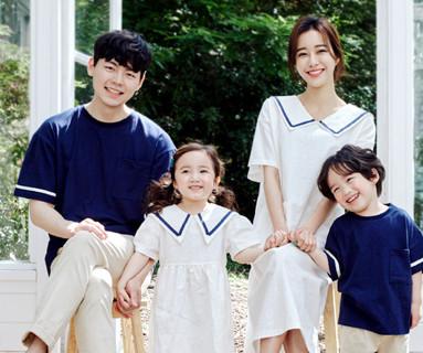 "<font color=""ffffff"">[Family short T-shirts Tee & Family Look] <br></font> Cera Family short T-shirts 20B06/ Family Look, Family Photo Outfit <font color=""red""><b> </b></font>"