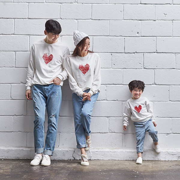 "<font color=""ffffff"">[Family Long Sleeve Tee & Family Look]<br></font> family Woolseal Love Man to man 20C03<font color=""red""><b> </b></font>"
