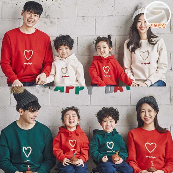 """<font color=""""ffffff"""">[Family Long Sleeve Tee & Family Look]<br></font> Brushed Goldheart family Man to man 20D05<font color=""""red""""><b> </b></font>"""