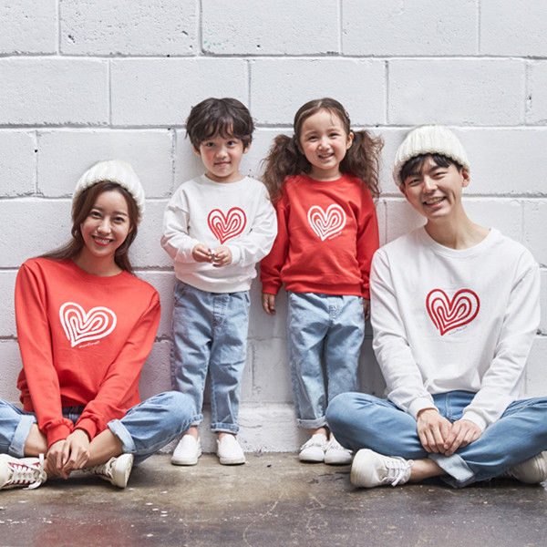 """<font color=""""ffffff"""">[Family Long Sleeve Tee & Family Look]<br></font> family Heart and Man to man 20C01<font color=""""red""""><b> </b></font>"""